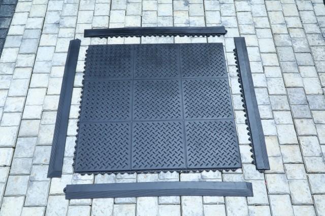 Checker Top Gym Mat