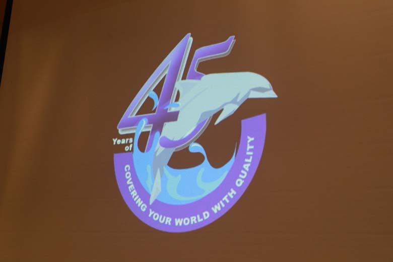 dolphin-45-years-logo